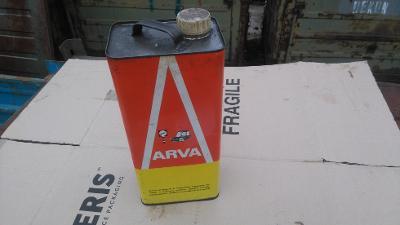 plechový kanystr Arva
