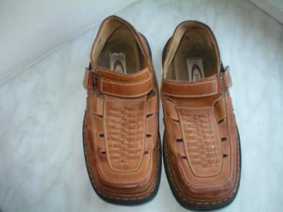 Kvalitní kožené sandály zn. Esse, vel. 40
