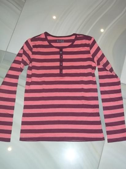 f59813c4adeb Dívčí triko vel.146 152     z Tchiba