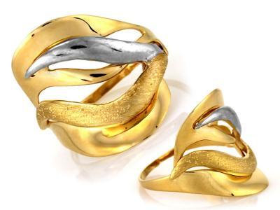 Zlatý prsten Au 585 váha 2,75 g (*)