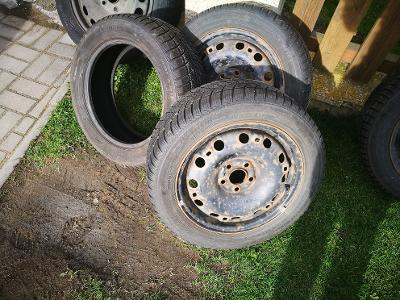 Zimní pneumatiky Barum Polaris 2 plechové disky