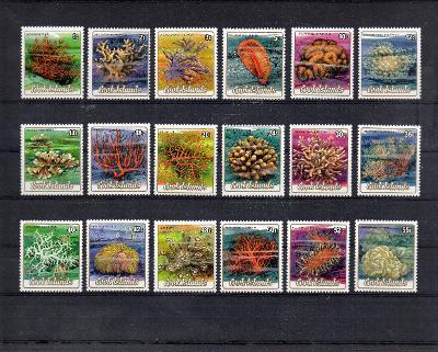 Cookovy Ostrovy-Koráli 1984**  Mi.978-1006/ 115 € / 2 skeny