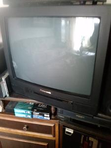 **Color TV Panasonic--super stav**