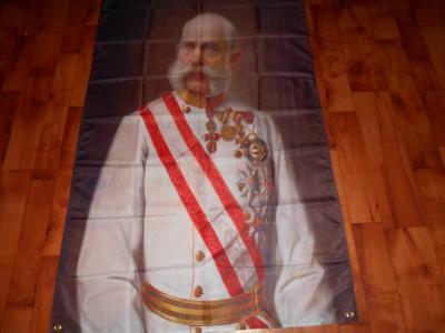Mega Baner,Vlajka Franz Joseph I-1