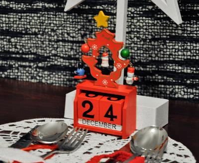 Vánoční dřevěný kalendář + STICKY MAT ZDARMA