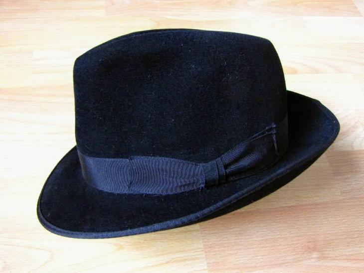 faf880b0a81 Starý pánský klobouk Tonak černý vel. 55 cm (6928505960)