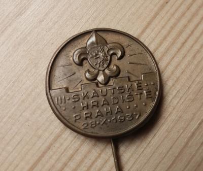 bff529adc78 Starý skautský odznak III. Skautské hradiště 1937