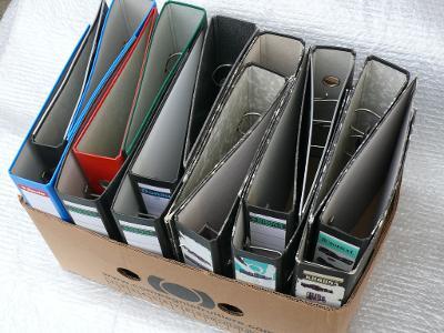 šanony mramorované a barevné použité 18 ks účetnictví archiv dokumenty