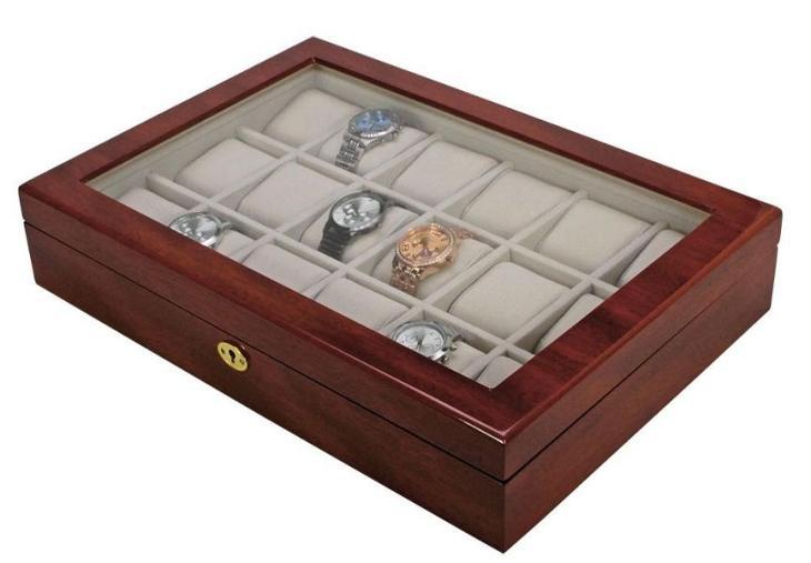 3d457239968 Lakovaná dřevěná kazeta na šperky či hodinky (6929054354)