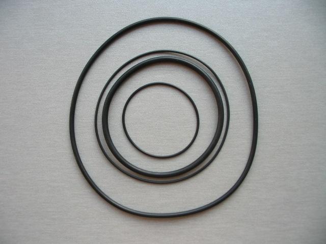 SONY - sada řemínků pro kotoučové magnetofony - TV, audio, video