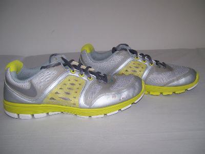 Sportovní obuv dámská  NIKE - č. 40,5