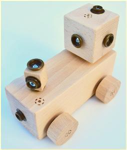 dřevěná hračka WoodFormers - Mašinka (81 v 7) (construct/army)