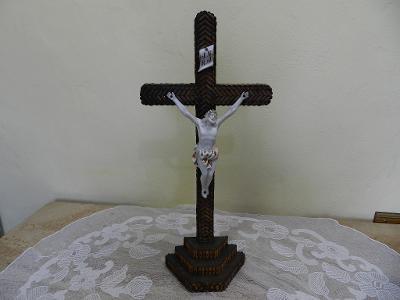 Velmi starý větší dřevěný Kříž Ježíš Kristus