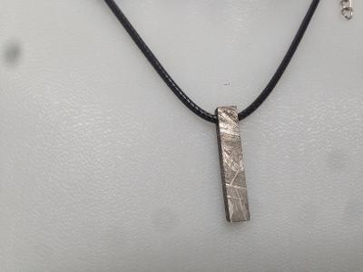 přívěšek z meteoritu