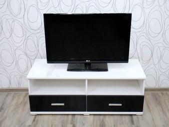 Komoda, skříňka pod TV (16383B)