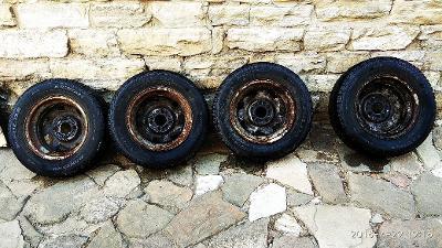 Zimní pneumatiky Ford Fiesta