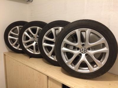 RONAL LAU disky 8Jx17H2 se zimní pneu NOKIAN 215/50 R 17