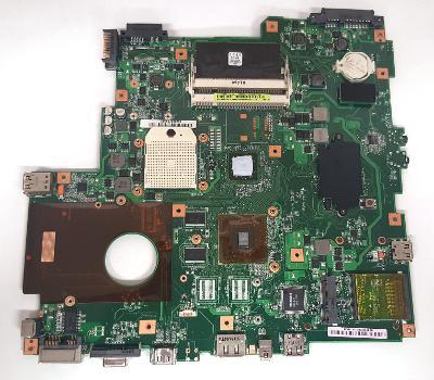 Poškozená základní deska Asus E89382 u AsusA6JC - Q003