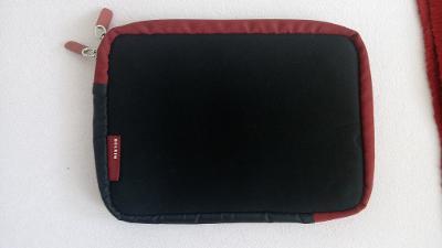 4343301390 Designové a funkční pouzdro na notebook - DIESEL..