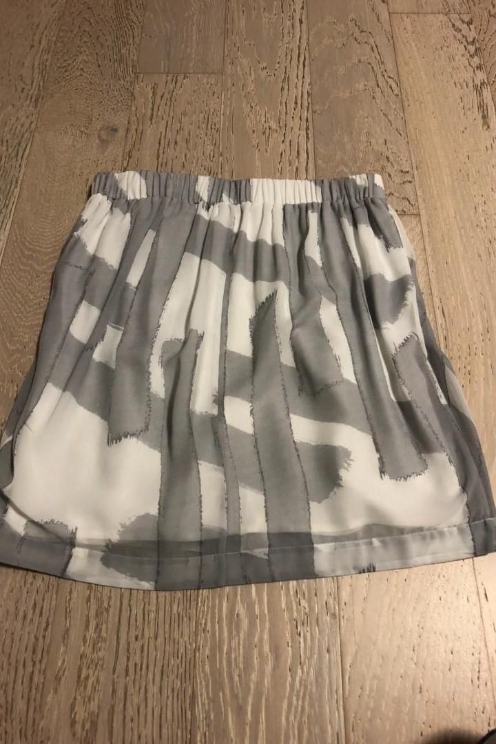 CALVIN KLEIN dámská sukně - Dámské oblečení