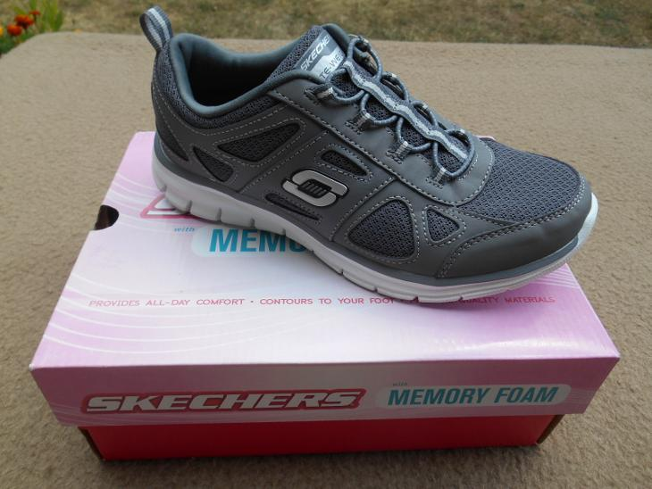Nové dámské volnočasové boty zn.  SKECHERS - vel. 37 (6937898296) 5364eeb5057