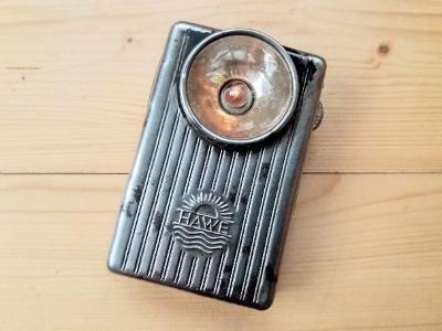 Stará kapesní svítilna baterka Hawe 30. léta