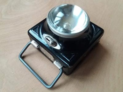 Stará ruční svítilna baterka Daimon 30. léta