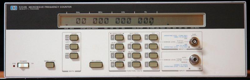 VF čítač HP 5352B  10Hz-40GHz
