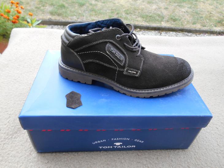 Nové pánské nízké kožené boty zn.  TOM TAILOR - v. 42 (6941736906) 2932410af39