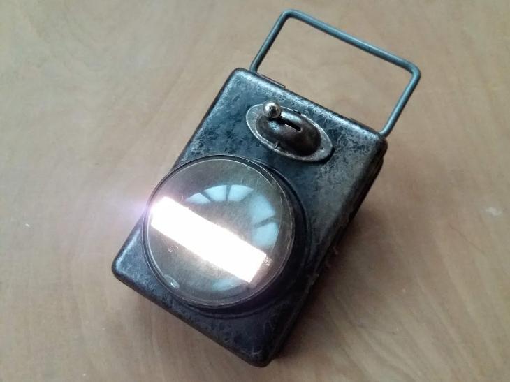 df612f387 Stará svítilna reflektor jízdní kolo Hawe 30. léta | Aukro