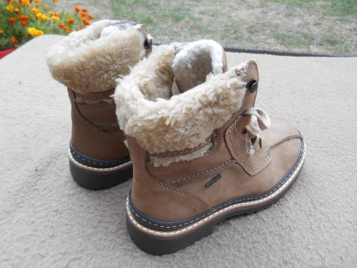 Nové zimní kožené boty s membránou zn.