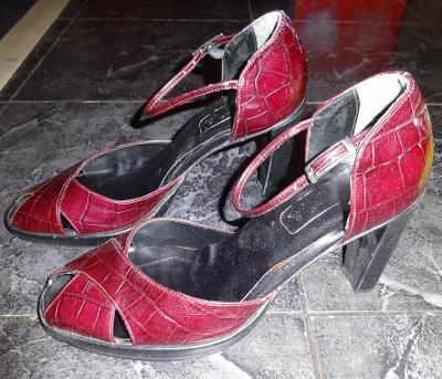 mahagonové páskové boty vel 38 Vero-italské