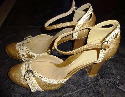 zlatobéžové páskové boty vel 38. Bellini