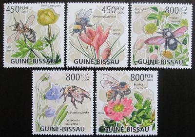 Guinea-Bissau 2009 Včely a květiny Mi# 4462-66 Kat 13€ 0076