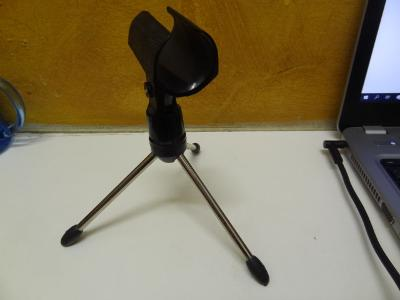stativ drzak stojan na mikrofon - Mikrofonni drzaky stojan maly
