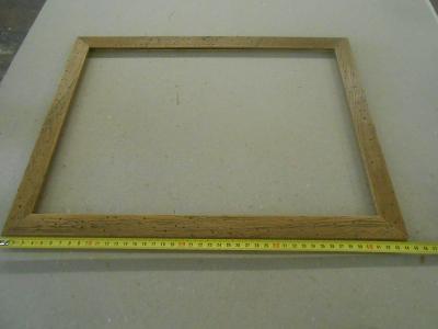 Dřevěný rámeček,imitace červotoče 402x302mm š.25mm , lze i jiný rozměr