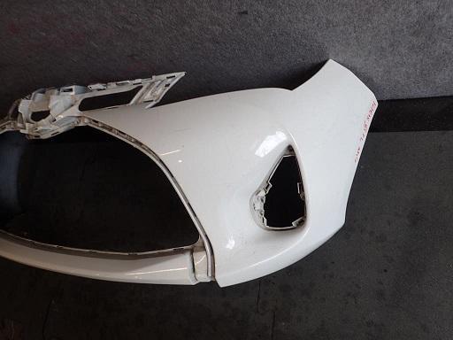 TOYOTA YARIS III LIFT 14-  - PŘEDNÍ nárazník A - Náhradní díly a příslušenství pro osobní vozidla