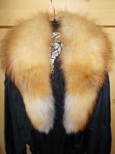 Nový kožešinový límec z kanadské lišky