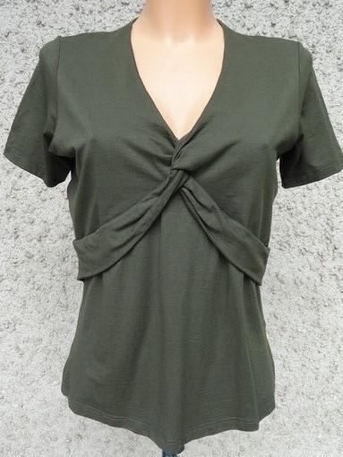 Zajímavé dámské elastické triko M-L / Od 1 korunky
