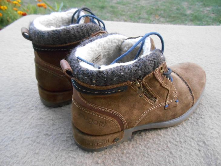 43eb6b81e11 Nové zimní kožené boty zn.