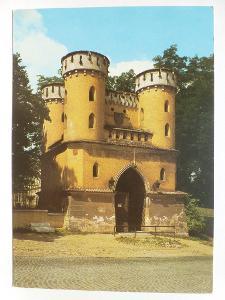 Vlašim, Benešov - Zámecká brána