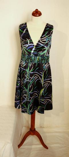 ca14dbfc536c Krásné společenské hedvábné šaty ALBA MODA