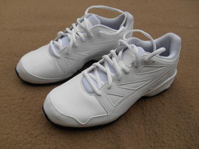Nové sportovní boty - tenisky zn.: PUMA  vel. 40
