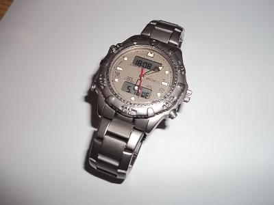 0380e0ce062 Titanové hodinky SHARP LED multifunkční