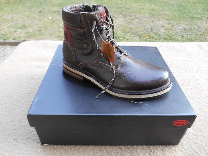 Nové zimní kožené boty zn.