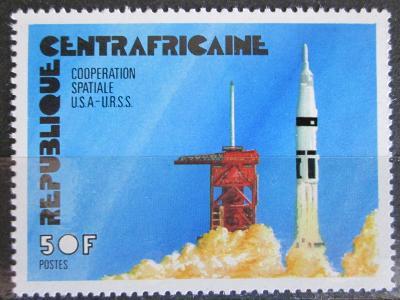 SAR 1976 Start rakety Apollo 18 Mi# 402 1042