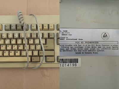 Vzácná klávesnice pro sběratele MONTEREY AT konektor netestovaná CZ