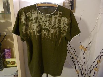 SUPER TRIKO CLOCKHOUSE Vel: L tričko