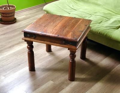 NOVÝ konferenční stolek John Lewis