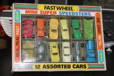 Playart Fastwheel Mini Super Speedsters 12 Assorted Cars